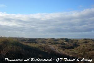 Pedalando lungo la LF1 dove le dune sembrano fondersi con il cielo e il mare
