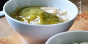 riso latte (di mandorla) con coulis di pesca e kiwi