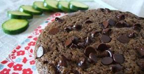 Torta soffice al cioccolato con zucchine