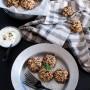 Polpette di quinoa e miglio con melanzane e feta