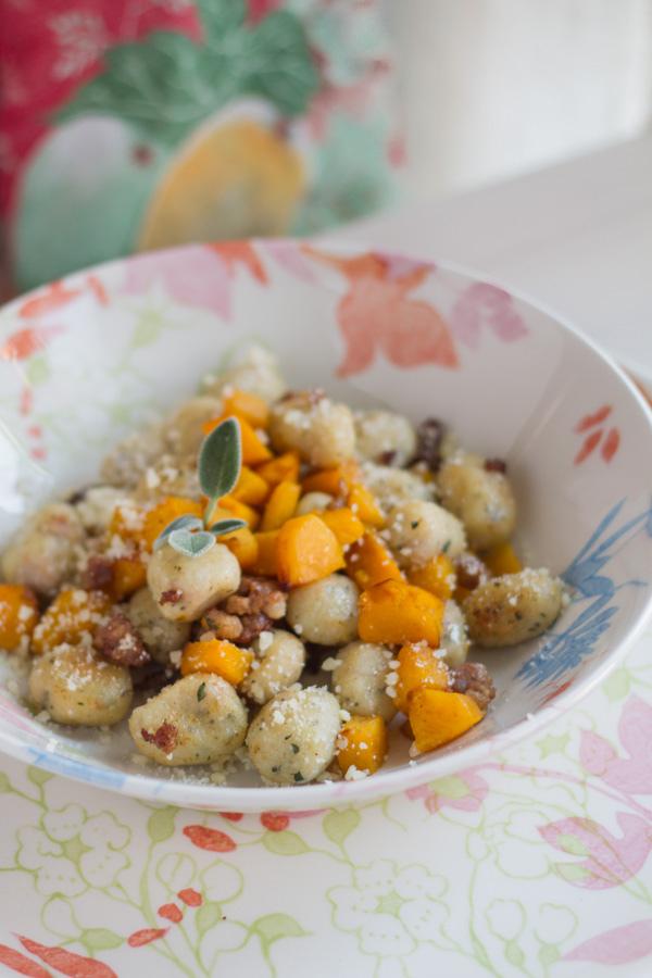 Gnocchi di pane con zucca e salsiccia Di Anna Esposto