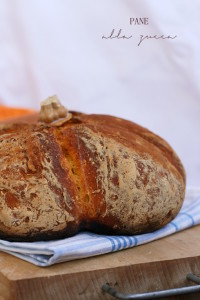 pane alla zucca - Gluten Free Travel & Living