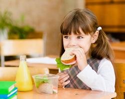 Nutrizione e scuola: la nutrizionista Schär risponde