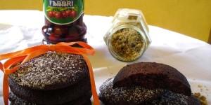 MorbiCotto: biscotti al cacao con farina di noci e ciliege Fabbri