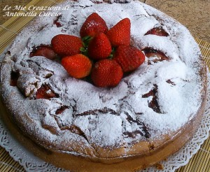 ciambella con fragole - Gluten Free Travel and Living