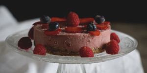 Raw cake alle fragole