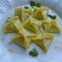 Fagottini ripieni di robiola, mozzarella e pesto