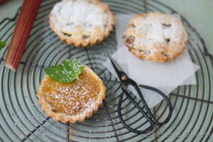 crostata con rabarbaro - Gluten Free Travel and Living