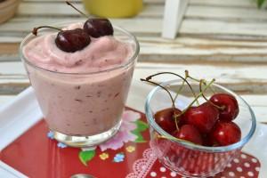gelato alle ciliegie - Gluten Free Travel & LIving