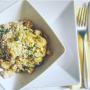 Orecchiette senza glutine con pesce spada, zucchine e granella di mandorle