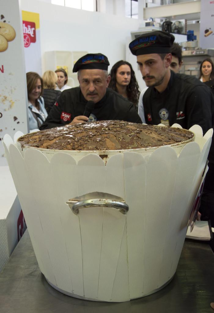 Il muffin più grande del mondo - Gluten Free Travel and Living