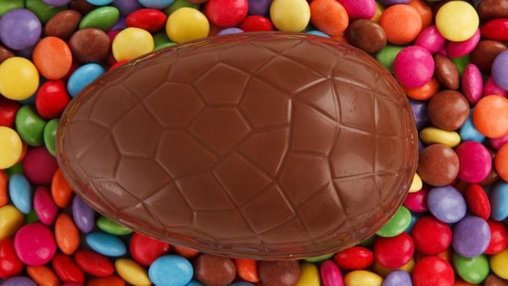 Perché regaliamo uova di Pasqua di cioccolato?