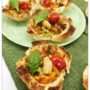 Cestini di pane con verdure e gamberetti