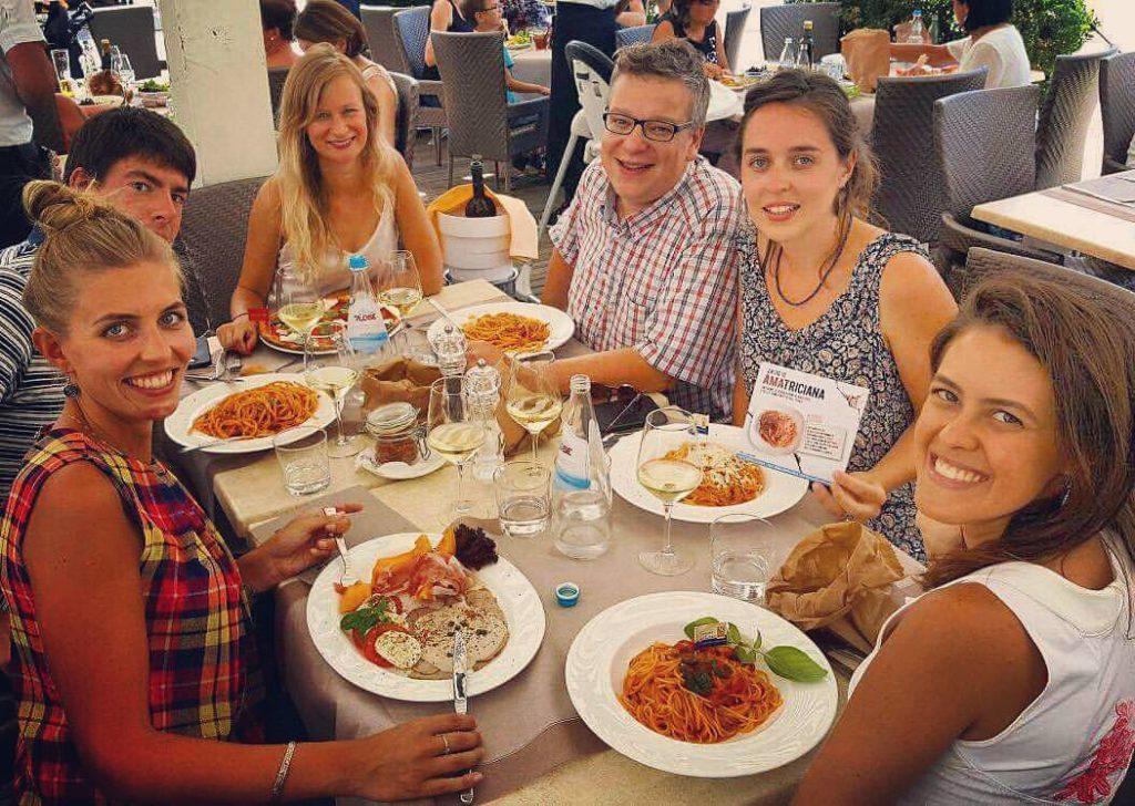 Marilia, Marta, Nathalie e lo staff Schaer - Gluten Free Travel and Living