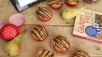 Muffins con pere e cioccolato senza glutine