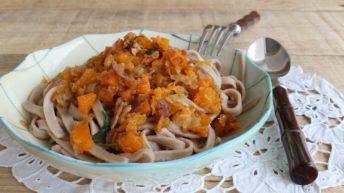 Tagliatelle alle castagne con zucca e pancetta