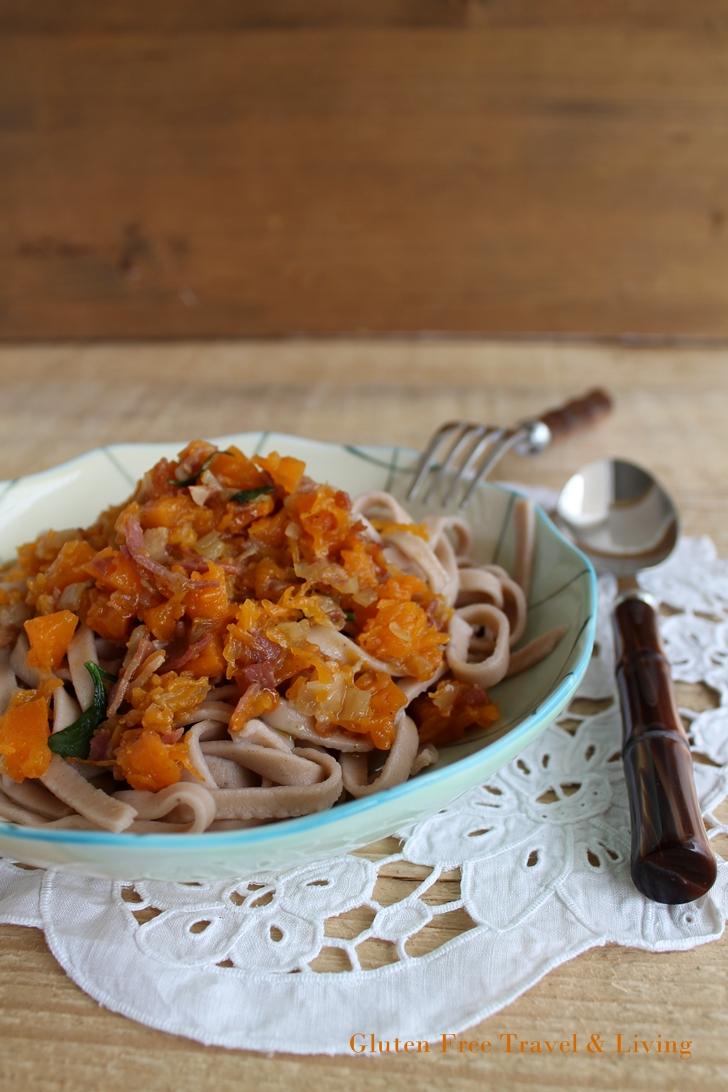 Tagliatelle alle castagne con zucca e pancetta - Gluten Free Travel and Living