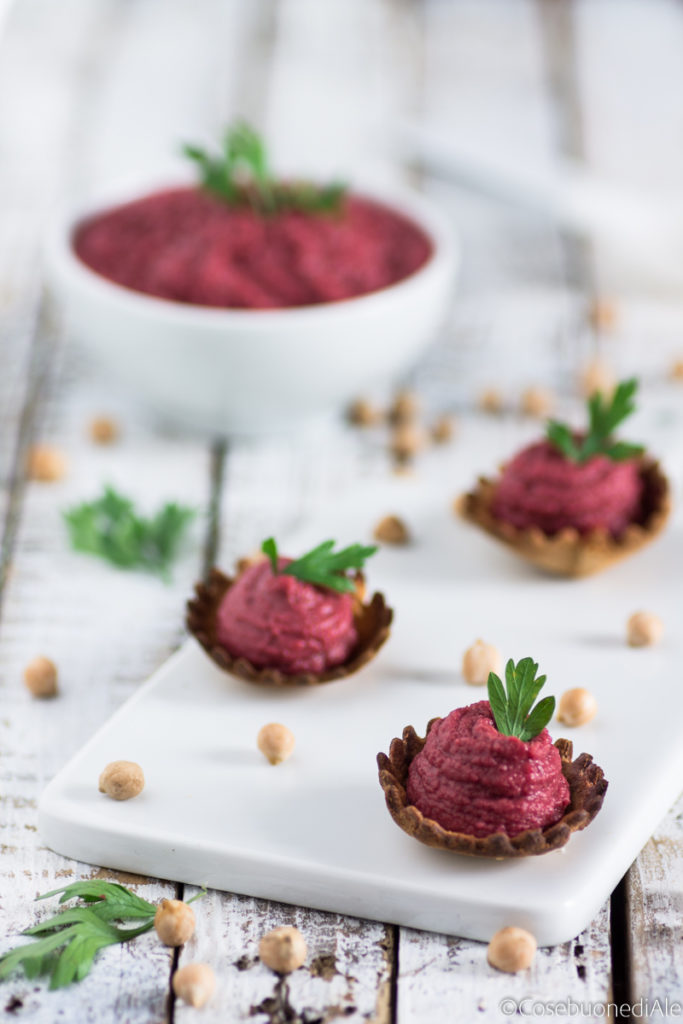 hummus con barbabietole - Gluten Free Travel & Living
