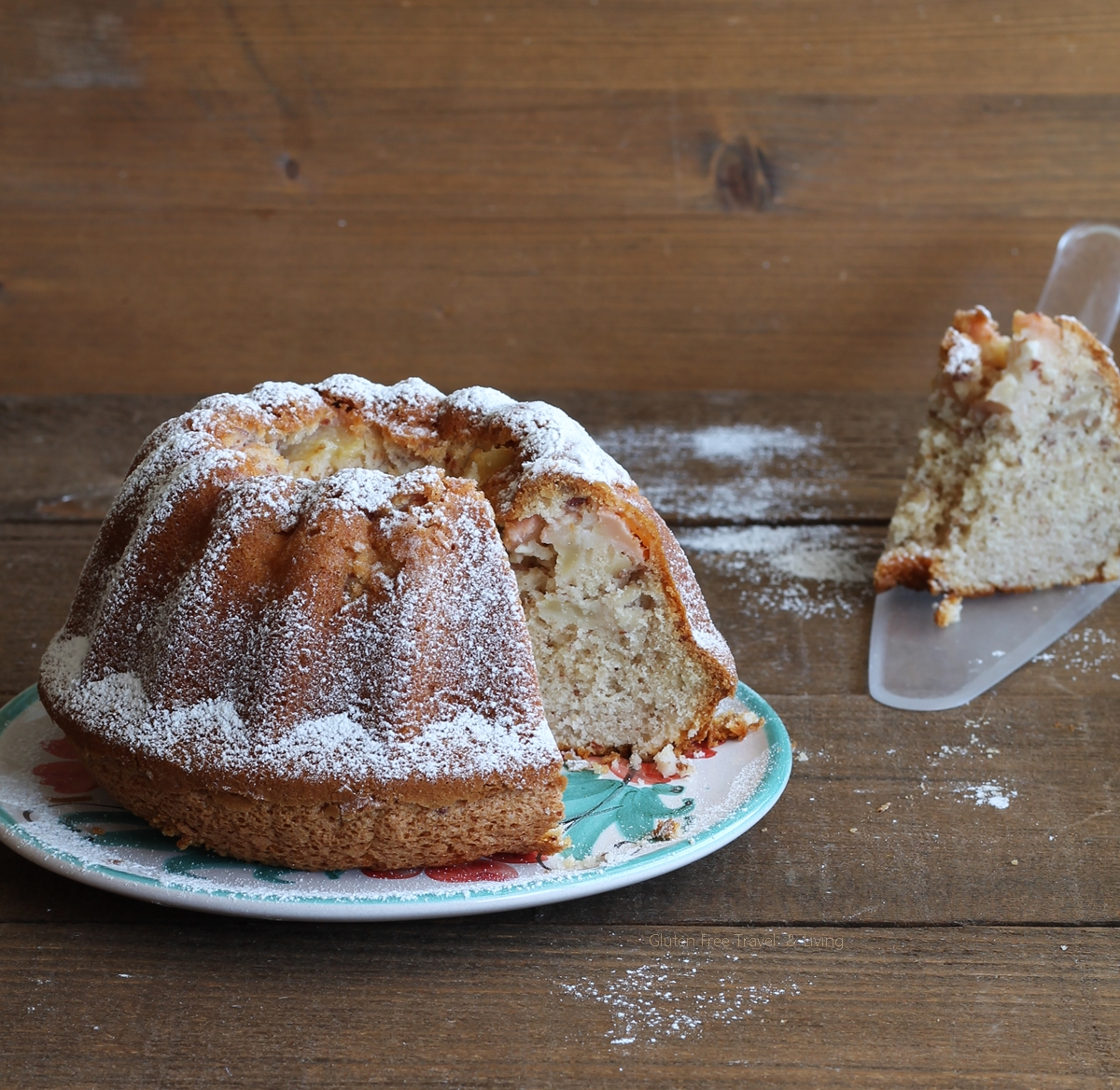 Ciambella con pere e mandorle senza glutine, la video ricetta - Gluten Free Travel and Living
