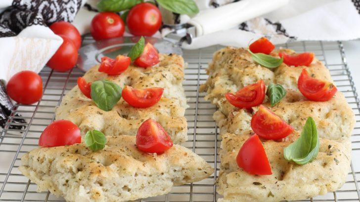 Focaccia verde senza glutine, senza lattosio e senza mix